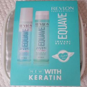 Revlon Equave Instant Beauty Travel Kit